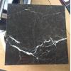 Плитка из мрамора идеально впишется не только в интерьер рабочего кабинета, но и подойдет для любого сооружения