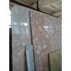 Особомелкозернистые полированные слэбы мрамора и оникса в складе в Киеве. Распродается 2850 квадратных метров мрамора и оникса