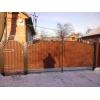 Предоставляем услуги по обустройству частных владений заборами,  воротами и прочими изделиями из металла и дерева.