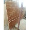 Ярким элементом интерьера станет выполненная лестница из мрамора