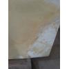 Оникс является одним из благородных минералов, с успехом применяющихся в современном строительстве