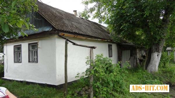 Дом, дача, земельный участок, гараж в селе Троянов