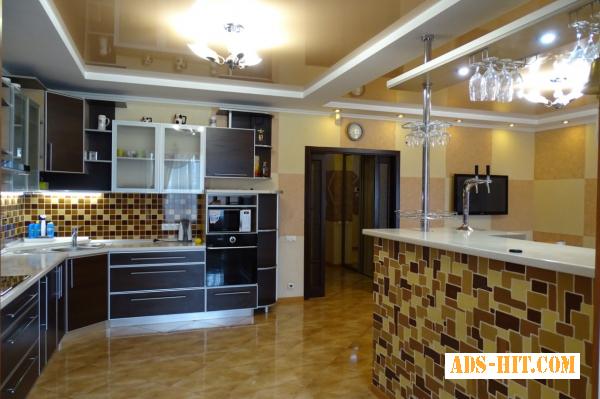 3х ком квартира в центре с евроремонтом в Приморском р-не