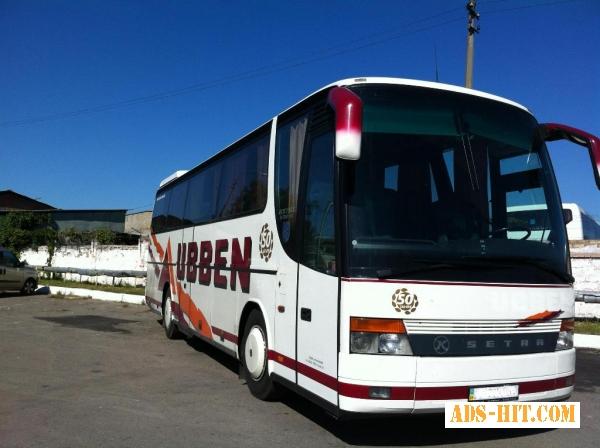 Пассажирские перевозки Европа, за рубеж автобус Mersedes 50 пас/мест