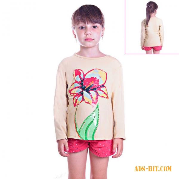 Кофту детскую бежевую с цветком