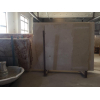Высокая плотность мрамора со склада позволяет его полировать и шлифовать до зеркального эффекта