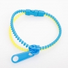 Браслет Молния пластик желто-голубой