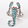 Кольцо скорпион страза голубой