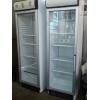 Холодильный шкаф б. у под стеклом.