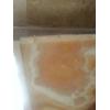 Желтый оникс, благодаря высокой светопрозрачности, эффектно раскрывает всю глубину рисунков камня, при организации подсветки
