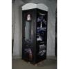 Телефонная будка – гардеробная